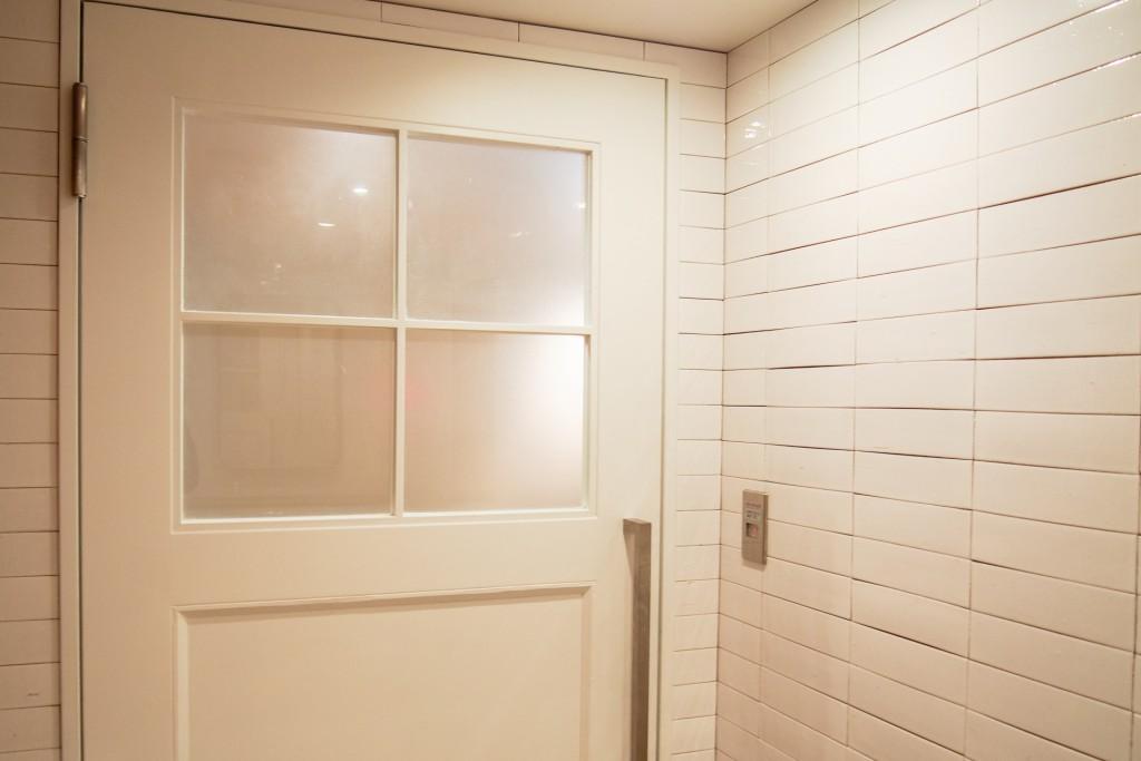 室内扉の種類とその特徴