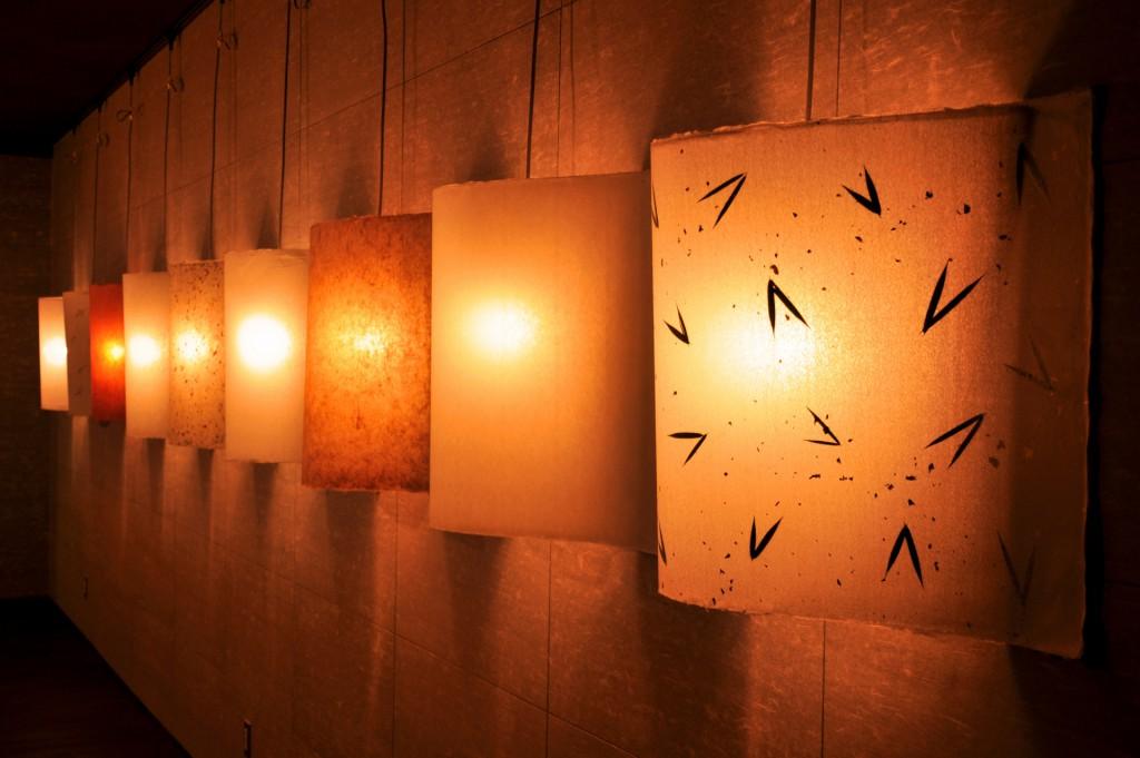 和モダンな空間を実現!照明選びの重要性とは?