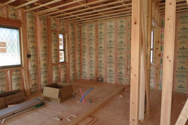 自然素材の家に使われる断熱材について建築業者がご紹介