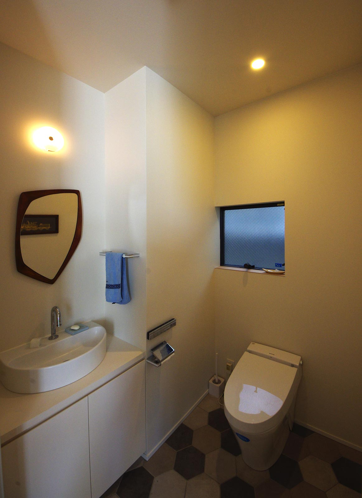 <p> トイレ </p>