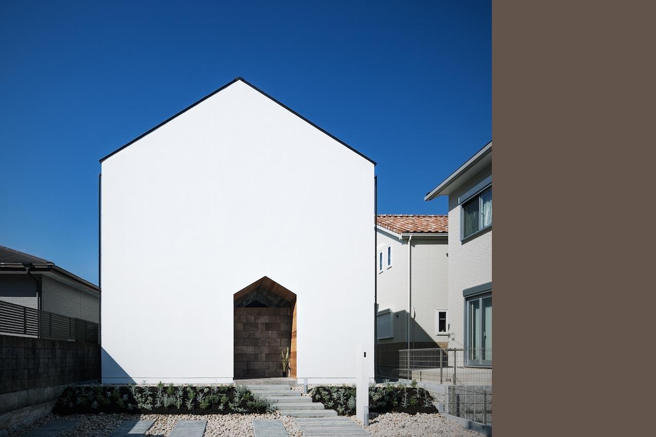 アウトドアリビングの家/外部空間をとりこむ住まい